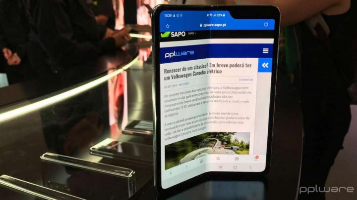 Samsung Galaxy Fold ecrã dobrável