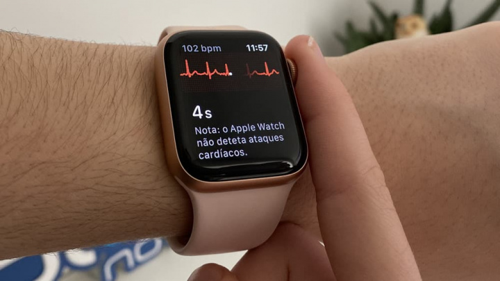Imagem Apple Watch 5 com ECG
