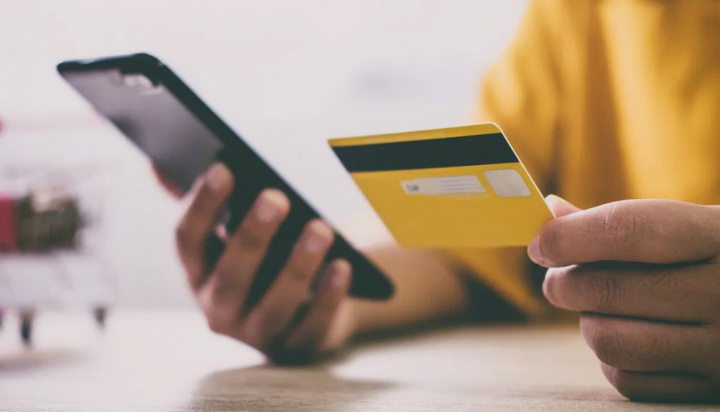 Cartão de Crédito: Dados do cartão vão deixar de ser válidos nas compras online