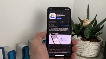 Imagem iPhone 11 Pro Mac com app Googl Drive