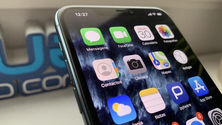 Imagem restauro de contactos iCloud para o iPhone