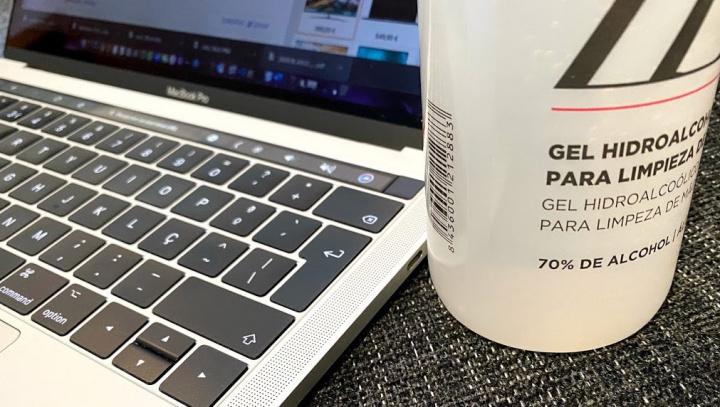 COVID-19: 5 regras importantes para a limpeza do seu MacBook