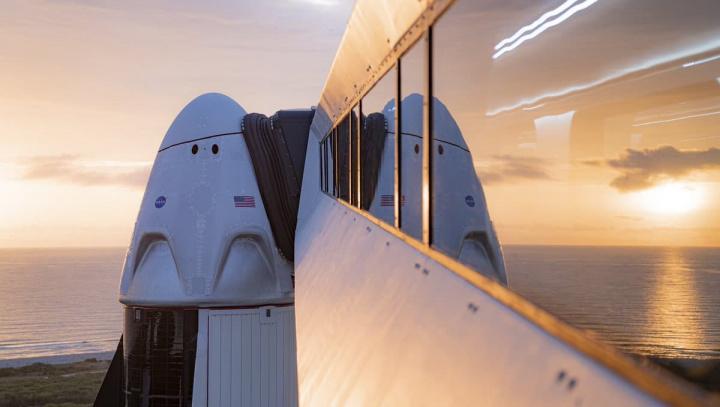 Imagem da Crew Dragon, da SpaceX que levará dois astronautas da NASA ao espaço