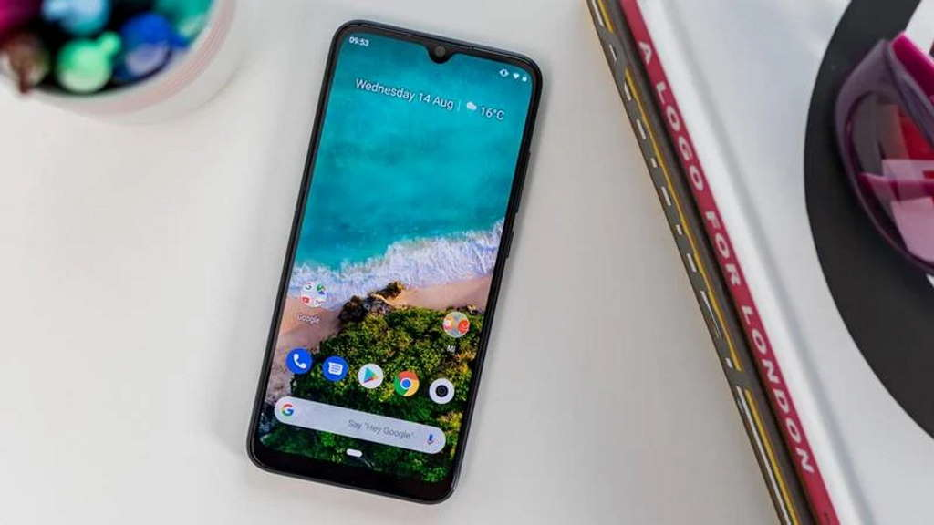 It seems that finally Xiaomi Mi A3 is receiving Android 10 without problems