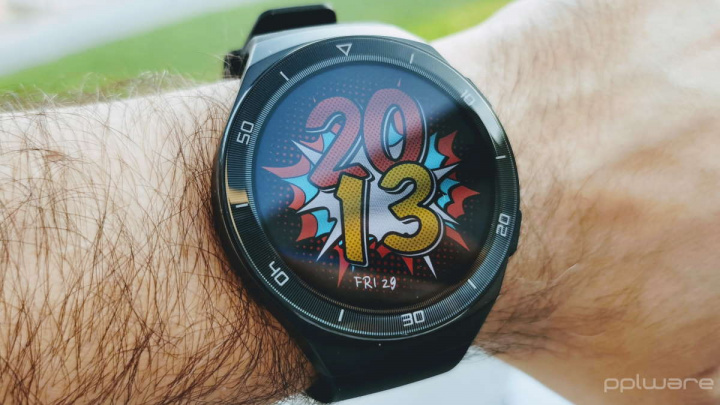 Huawei HarmonyOS Watch Mate relógio