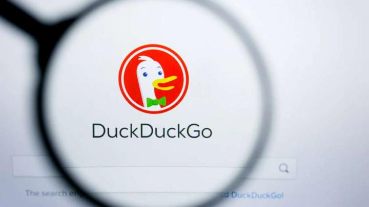 Apple Google DuckDuckGo pesquisa comprar