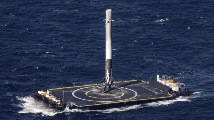 Imagem falcon 9 da SpaceX