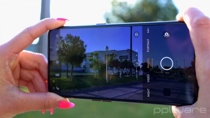 Review Realme X50 Pro 5G - A Flagship Killer of modern times?