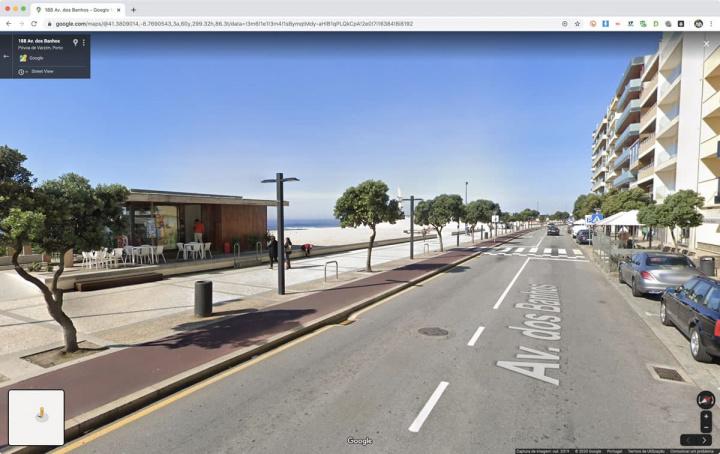 Imagem de mapa com matrículas desfocadas no Google Maps