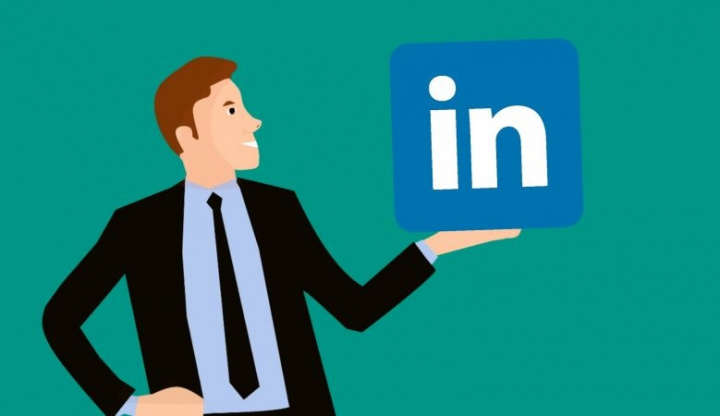 LinkedIn: a rede social de emprego vai demitir quase mil funcionários www.aquitemtrabalho.com.br emprego dos sonhos