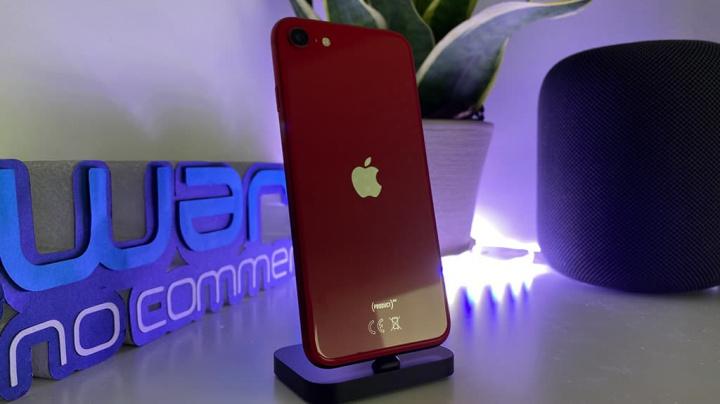 Imagem iPhone SE da Apple que tem boas vendas