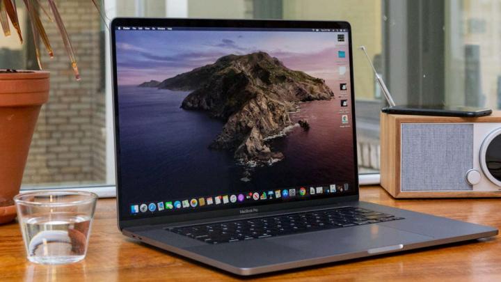 Face ID Apple macOS Mac