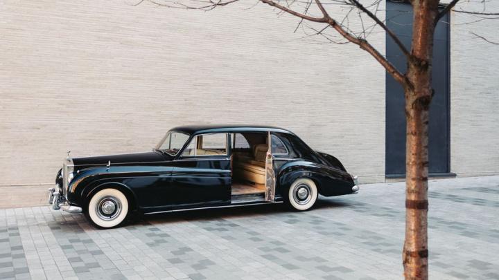 Rolls-Royce Phantom V de 1961 ganha nova vida... elétrica