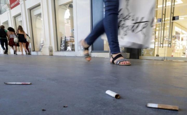 Beatas no chão podem levar a multas a partir de 150 euros