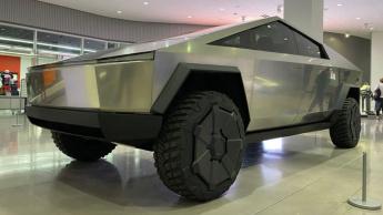 Imagem Tesla Cybertruck que Elon Musk diz poder ser mais pequena para a Europa