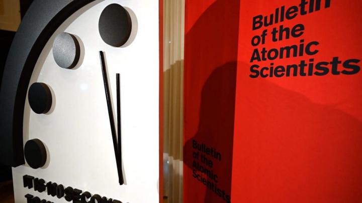 Doomsday Clock: o mundo está a 100 segundos do fim