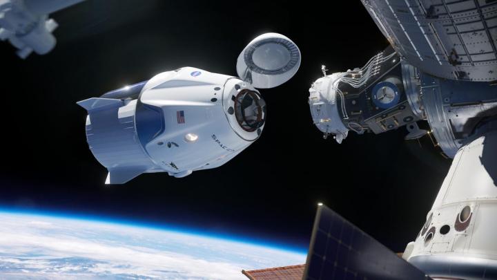 SpaceX: Cápsula Dragon já chegou à Terra! Acompanhe em direto