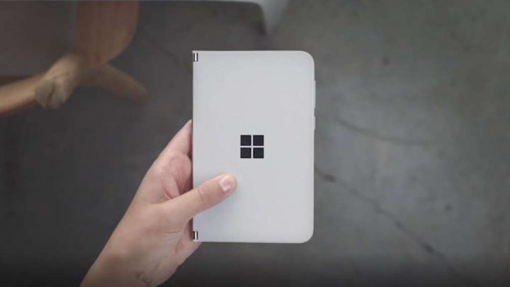 Microsoft Android atualizações Surface Duo smartphones