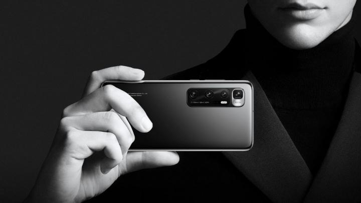 Queria comprar o Xiaomi Mi 10 Ultra? Esqueça... (pelo menos para já)