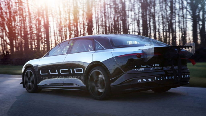 Lucid Air Tesla carro elétrico