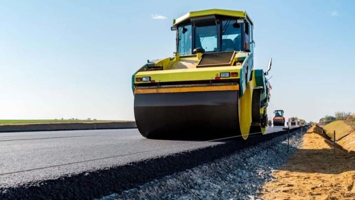 colocação de asfalto