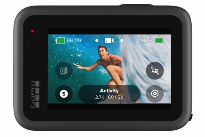 É esta a nova GoPro Hero 9 Black! Tem ecrã frontal e mais autonomia