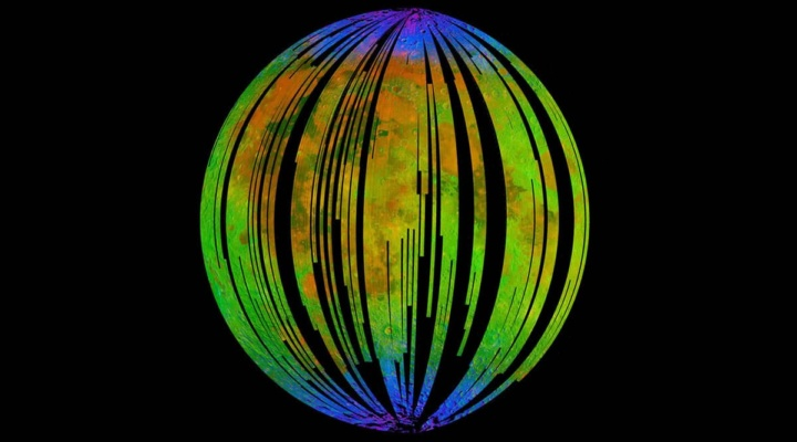 Imagem que mostra que a Lua está a enferrujar