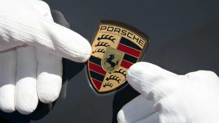 Era COVID-19: Porsche foi a marca que menos quebras de vendas teve