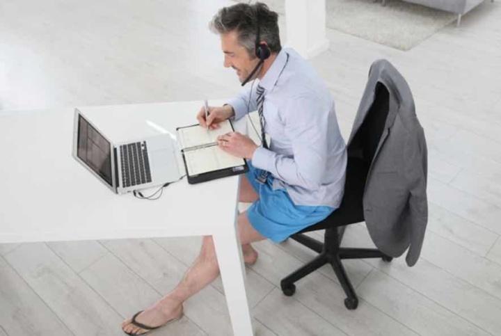 Teletrabalho: Podem os trabalhadores pedir pagamento de luz e internet?