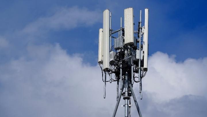 5G: Suécia proíbe equipamentos da Huawei e ZTE