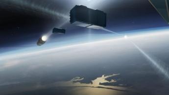 Ilustração de coliusão entre foguetão e satélite no espaço