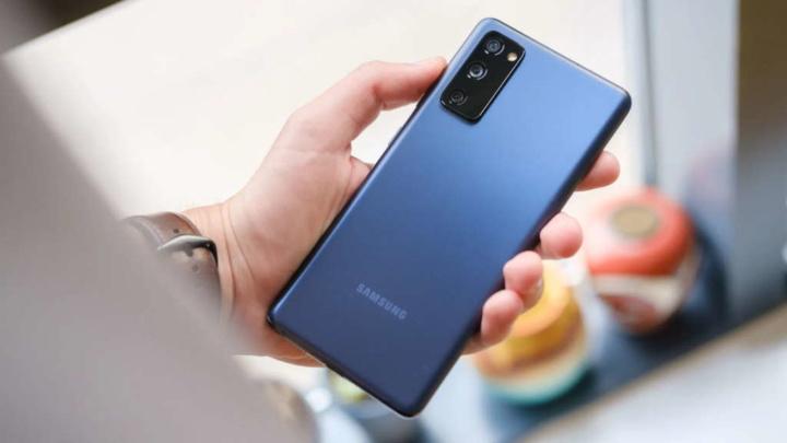 S20 FE Galaxy Samsung ecrã problemas