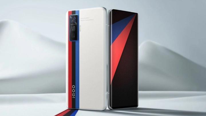 Vivo iQOO 5 Pro é o smartphone mais poderoso do mercado!