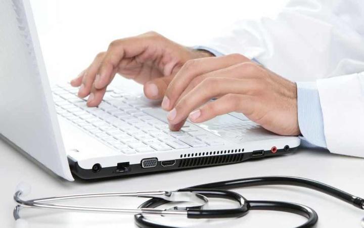 Médicos tinham caixa de e-mail de 50GB... agora passou a 2GB