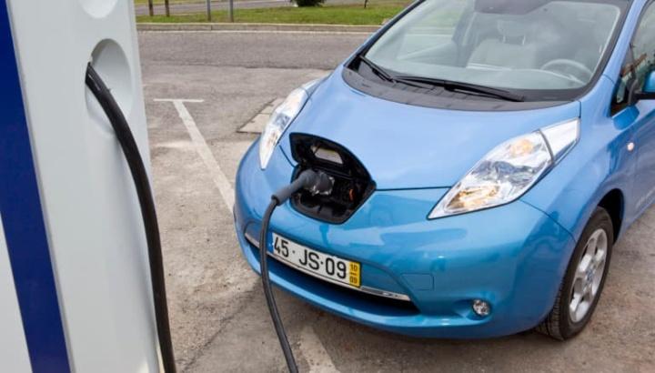 MOBI.E que instalar 10 hubs de carregamento de veículos elétricos