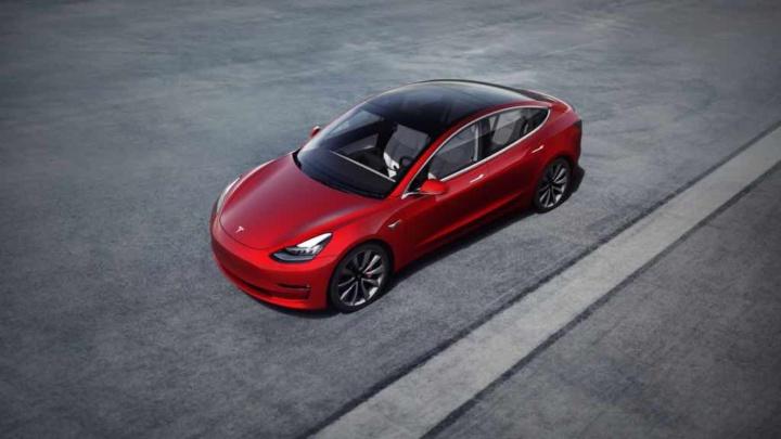 Tesla Model 3 da China vai ser vendido em Portugal