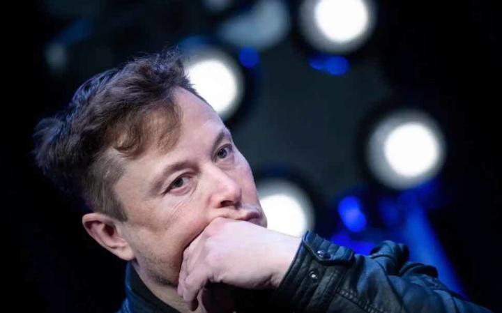 Elon Musk recusa tomar a vacina contra a COVID-19