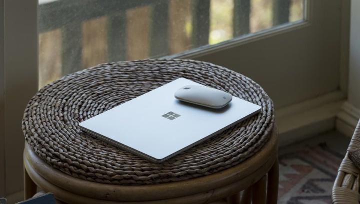Imagem do novo Surface Laptop GO da Microsoft