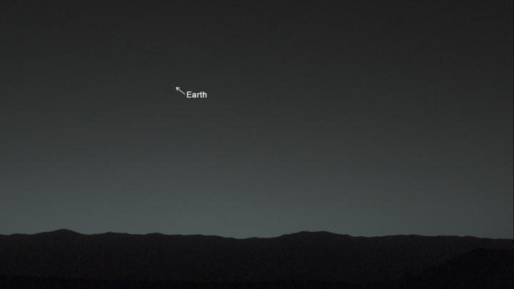 Imagem da Terra vista do solo de Marte