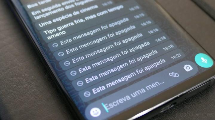 Imagem WhatsApp com mensagens apagadas