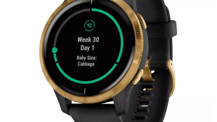 Imagem do smartwatch Garmin com a app Connect a monitorizar a gravidez