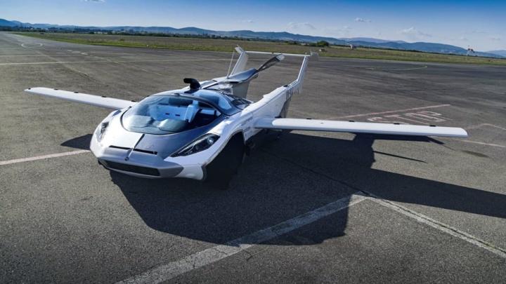 Imagem do carro voador AirCar