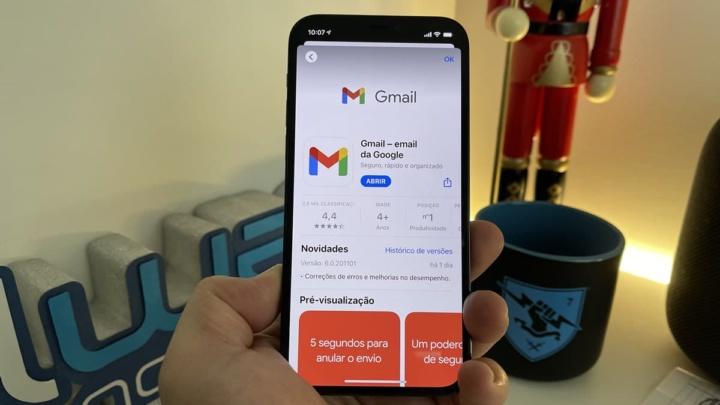 Imagem Gmail no iOS 14.2 com widgets