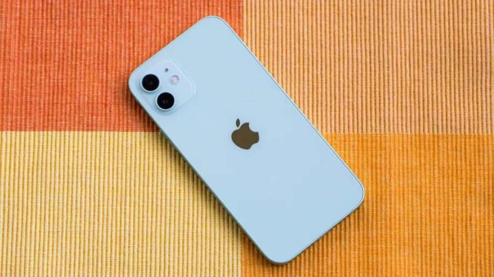 iPhone 12 mini MagSAfe Apple carregar devagar