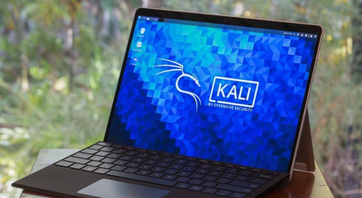 """Kali Linux 2020.4 - Your PC can become one """"war artillery"""""""