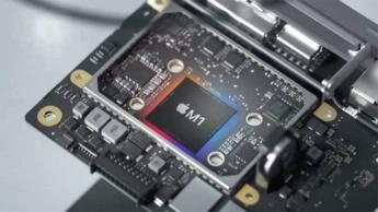 Imagem processador Apple Silicon M1 que bateu o i7 da Intel