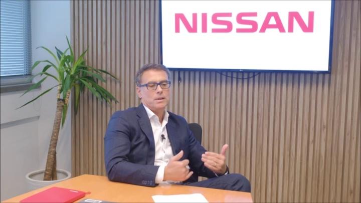 """Quer comprar um Nissan Leaf? Marca está a """"oferecer"""" 3 mil euros"""