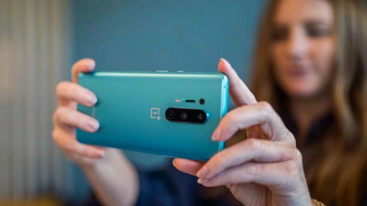 OnePlus 8 e 8 Pro segurança atualização correções
