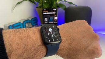 Imagem Apple Watch com horas tapticas