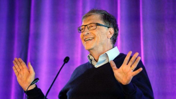 """Bill Gates: """"Os próximos quatro a seis meses podem ser os piores da pandemia"""""""